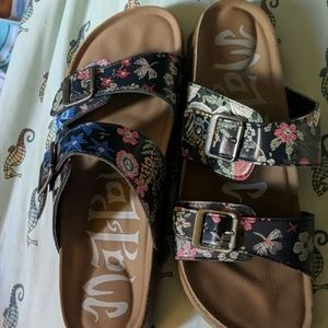 Mad Love hippy floral sandals new 10